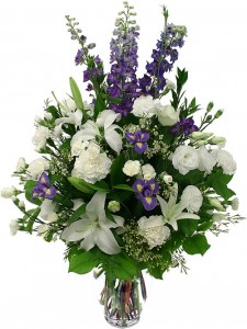 white-and-purple-flowers-in-a-vase